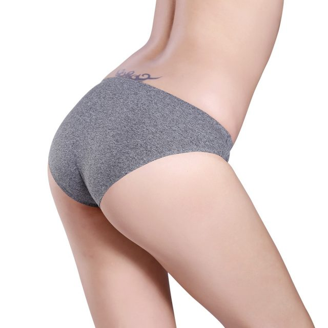 Women's Breathable Seamless Cotton Briefs